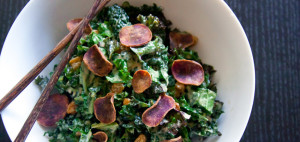 kale_salad with potato slices